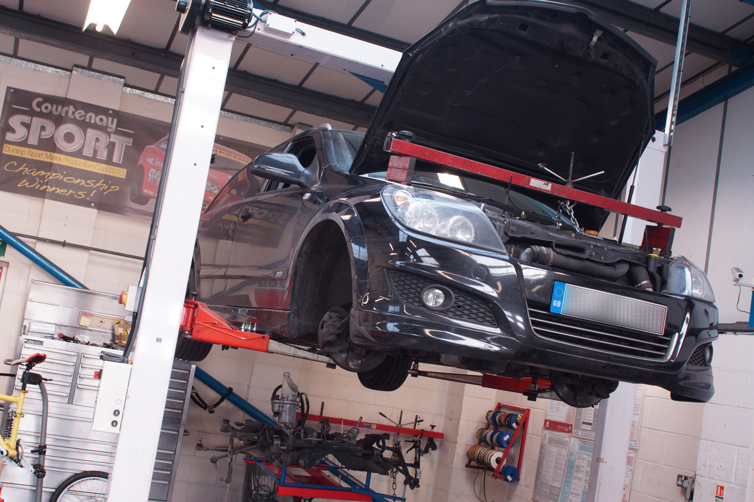 Uprated Enlarged Performance Intercooler – Astra J VXR   The ...