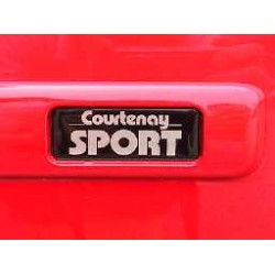 Courtenay Sport Dome Bubble Badge
